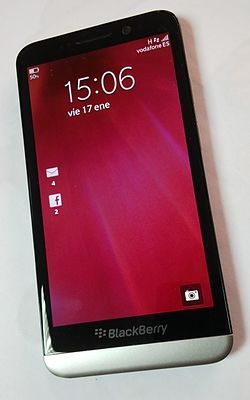 BlackBerry Z30 2.jpg